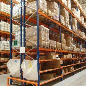 تخزين المواد الغذائية الجافة